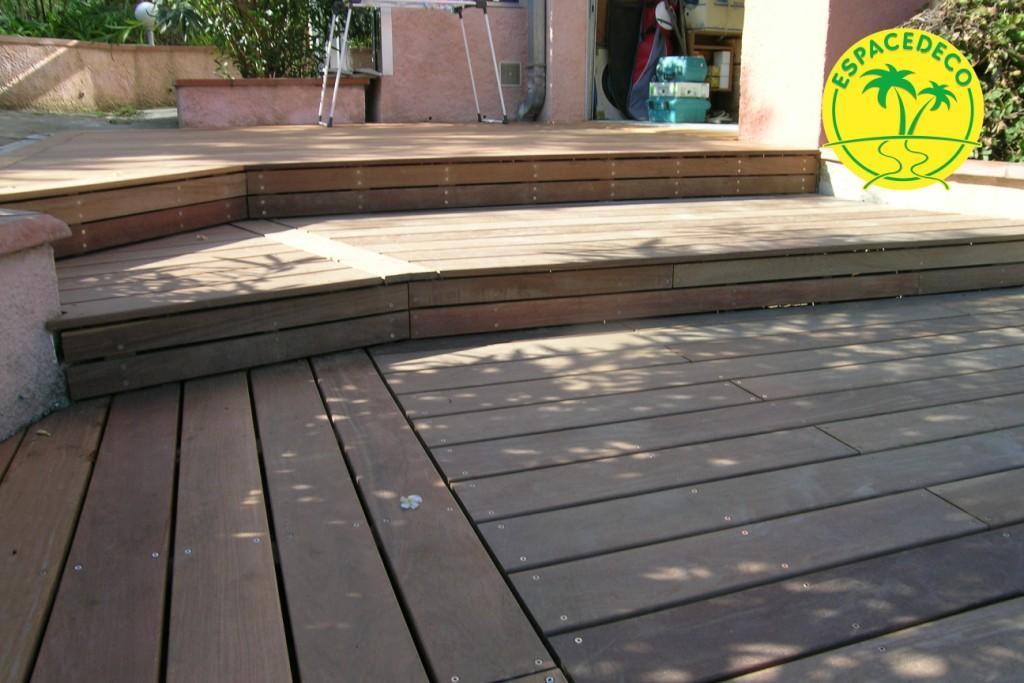 Réalisation de vos terrasses, tour de piscines et autres en bois pour vos extérieurs à Saint-orens par les poseurs Espacedéco.