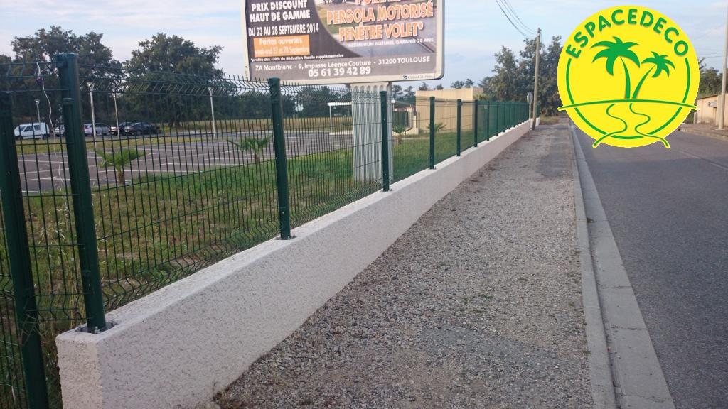 poseur de clôture à Cornebarieu, Toulouse,