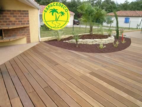 Société d'aménagement extérieur pour votre terrasse, vos maçonneries et créations de jardin.